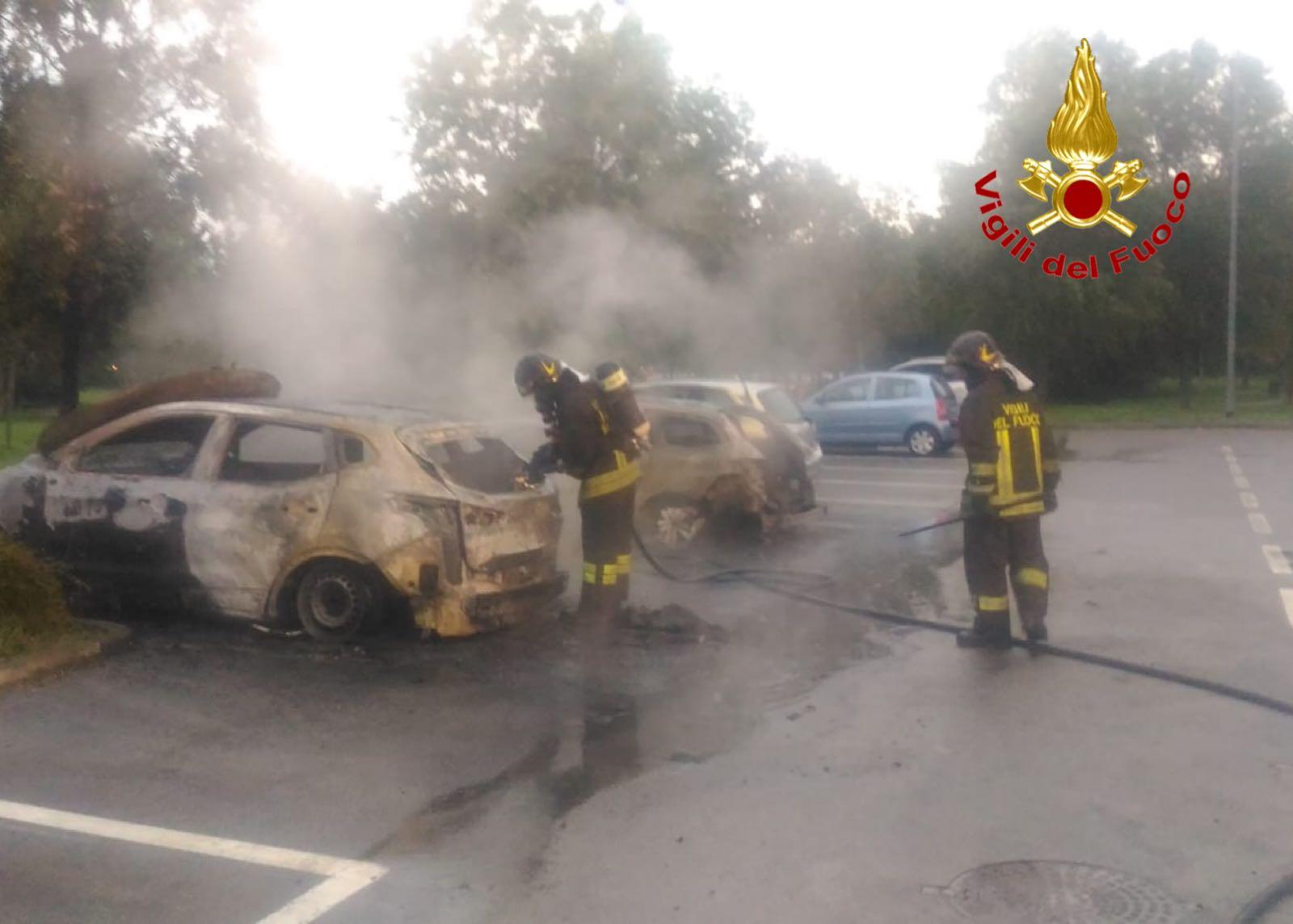 IncendioAutoSettimo2
