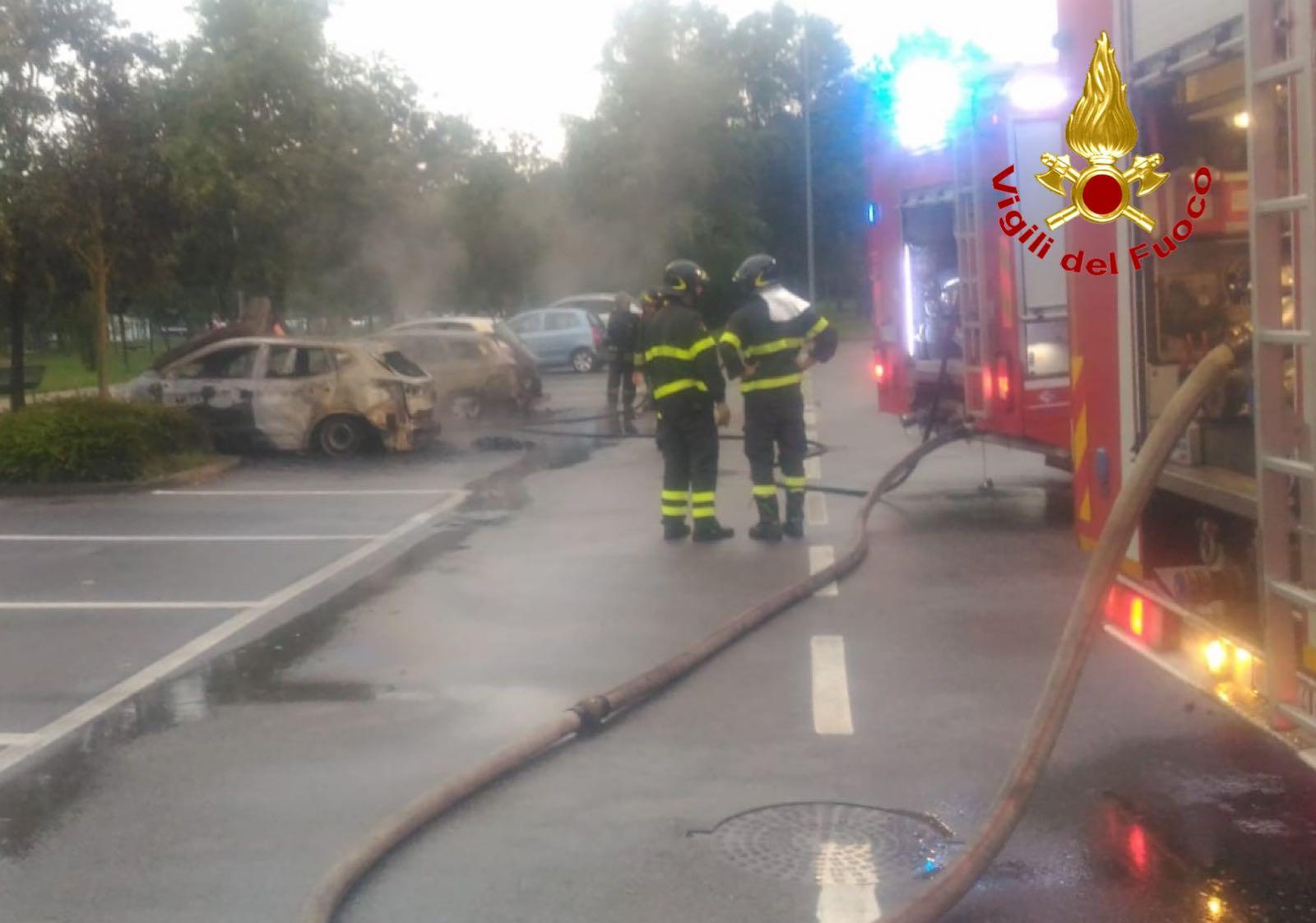 IncendioAutoSettimo4