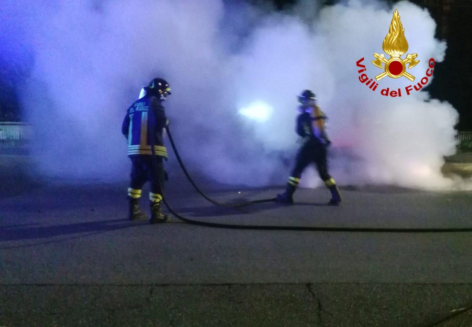 incendio via Impastato 1