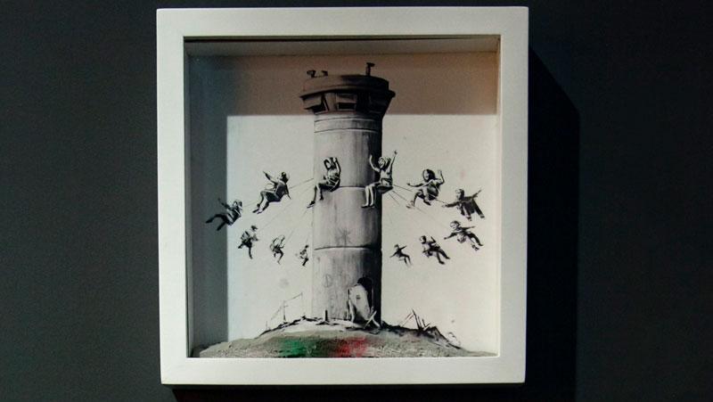 Milano, tenta di rubare un'opera di Banksy al Mudec: fermato