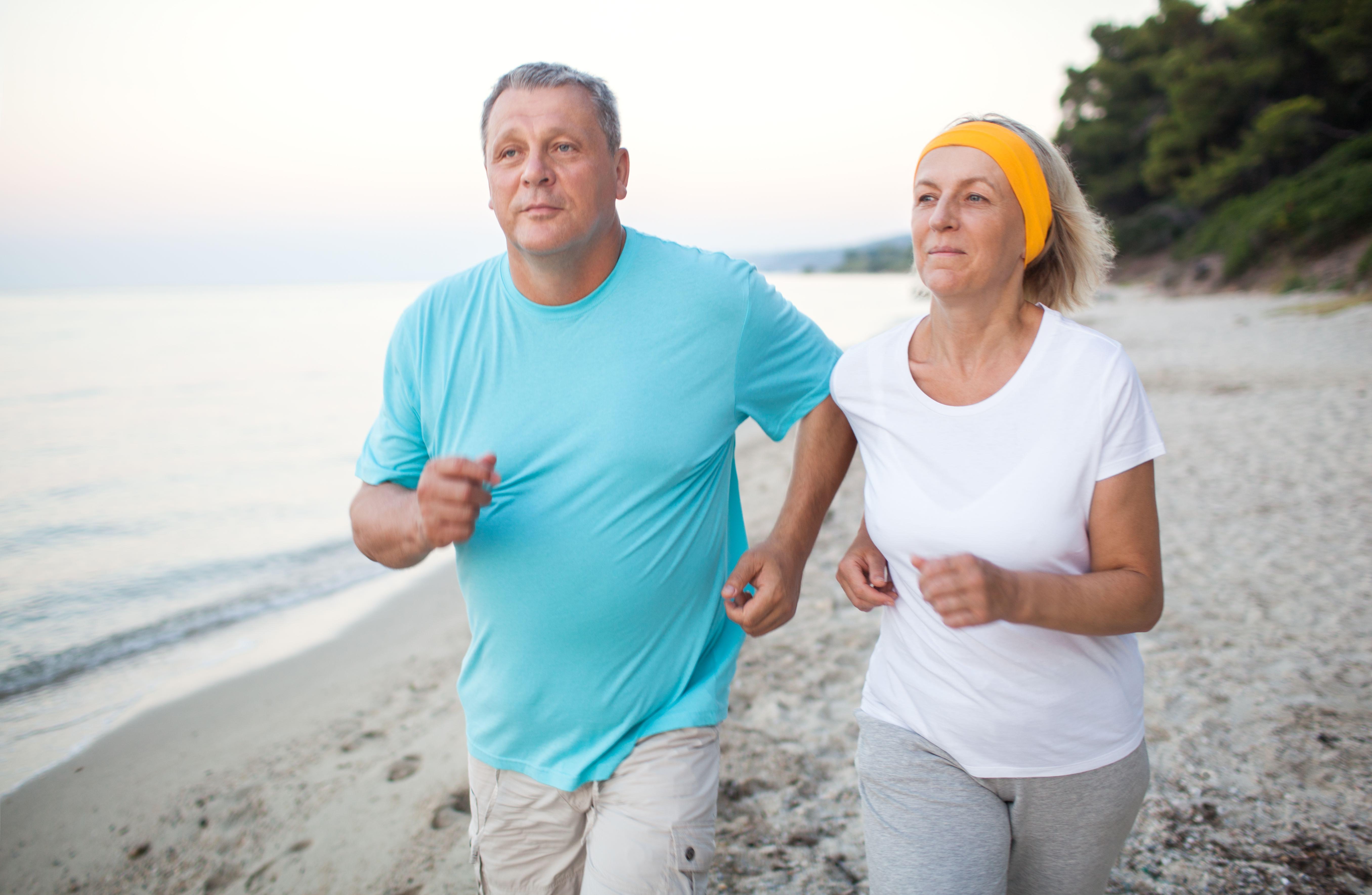 Longennials jogging